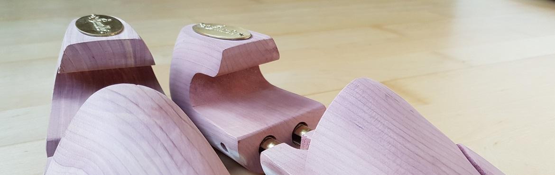 Schuhspanner aus Zedernholz