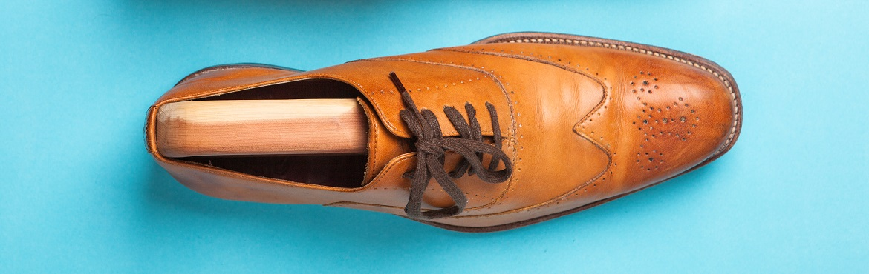 Wie kann man Schuhe weiten
