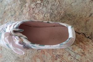 Schuhe innen reinigen: Hygienisch einwandfrei auch im Schuh