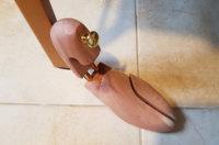 Schuhspanner zum Weiten verwenden: So klappt es
