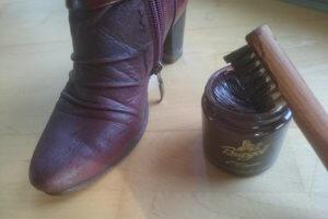 Lederschuhe pflegen mit Schuhcreme