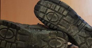 Schuhsohle reinigen und pflegen