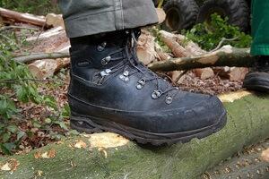 Leder von Schuhen weich machen
