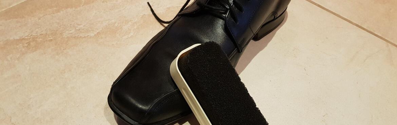 Glanzschwamm Schuhe