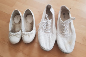 Schuhputzmittel für weiße Schuhe: Welche Möglichkeiten gibt es?