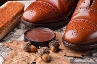 Rahmengenähte Schuhe pflegen, reinigen und imprägnieren