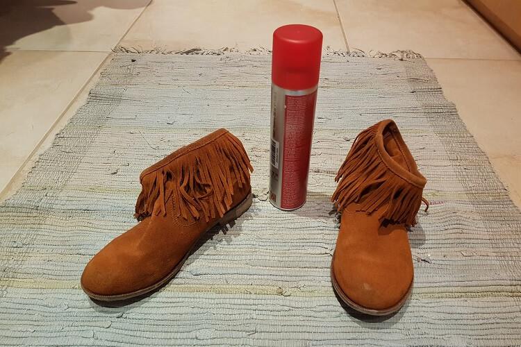Schuhe aus Wildleder imprägnieren