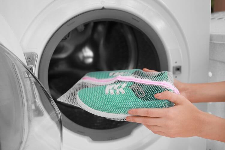 Stoffschuhe Waschmaschine reinigen
