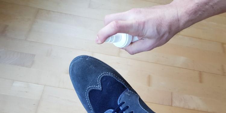 Schuhe imprägnieren