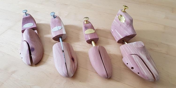 Schuhspanner bei der Schuhpflege